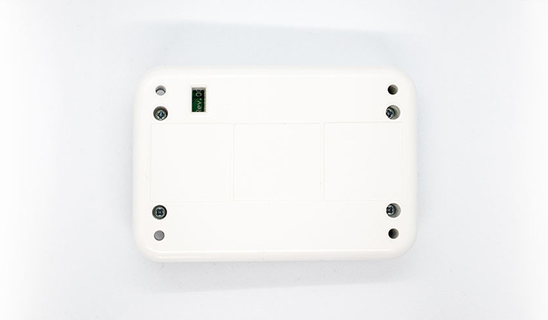 Wireless smart repeater bottom view