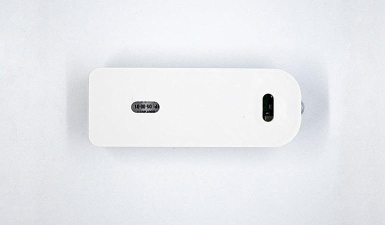 Wireless dry contact sensor bottom view